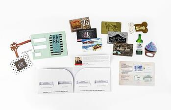 Example of gift card sample pack from Plastic Printers